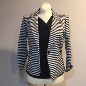 Black/white stripped blazer